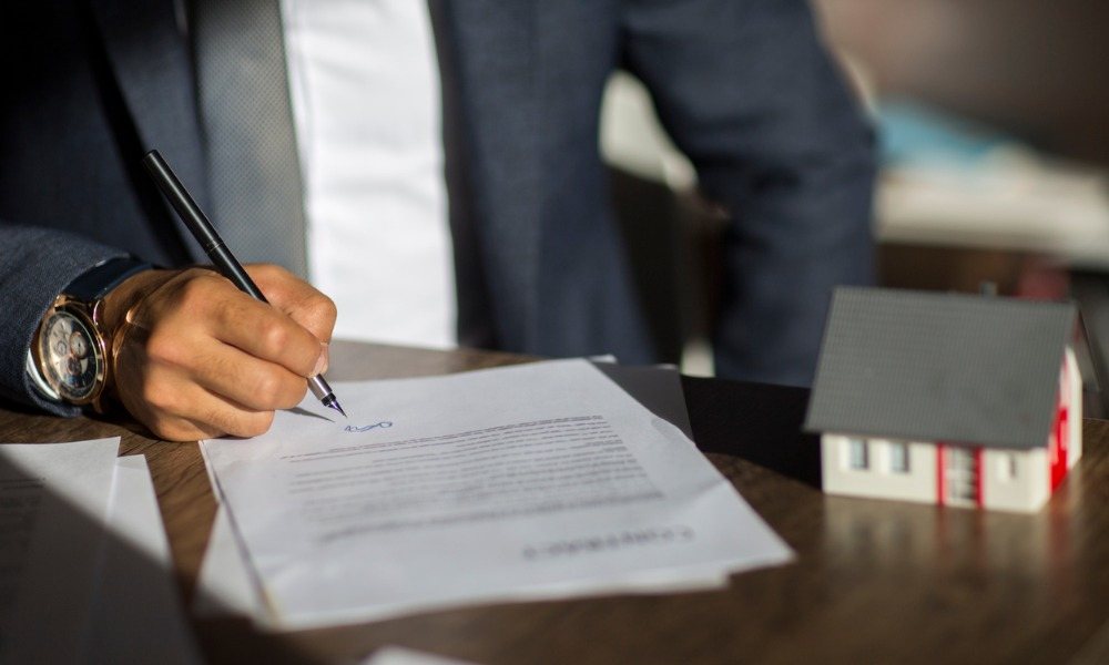 How To Find A Real Estate Lawyer – Things To Keep In Mind